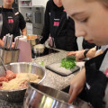 """Foto 35 von Kochkurs """"Teeniekochen wie Jamie Oliver"""", 03.11.2018"""